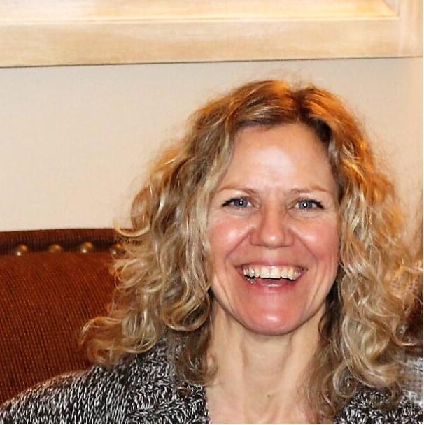 Profile Image Kim Keresturi